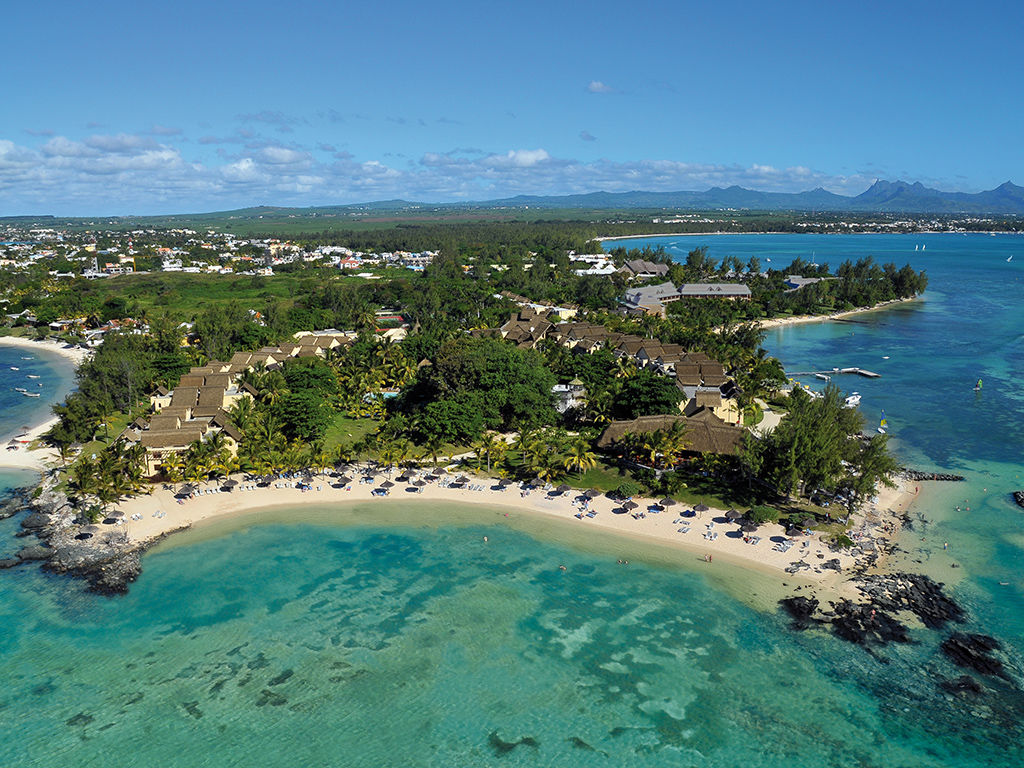 Canonnier Beachcomber Golf Resort & Spa 4 *