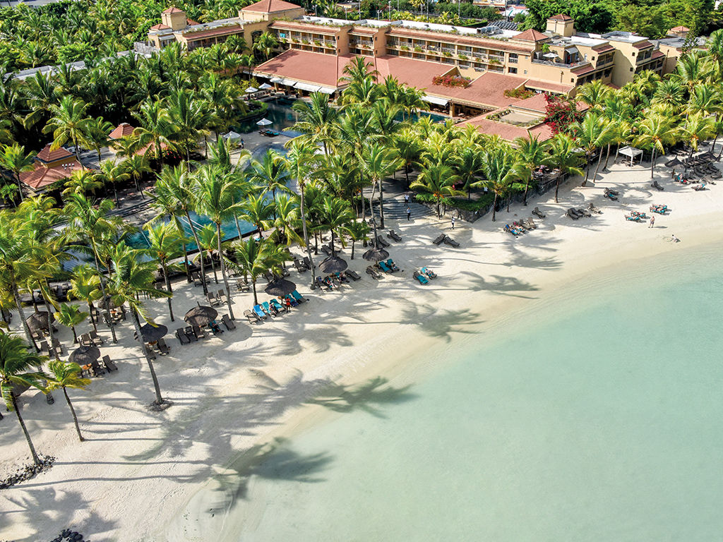 Mauricia Beachcomber Resort & Spa 4 *