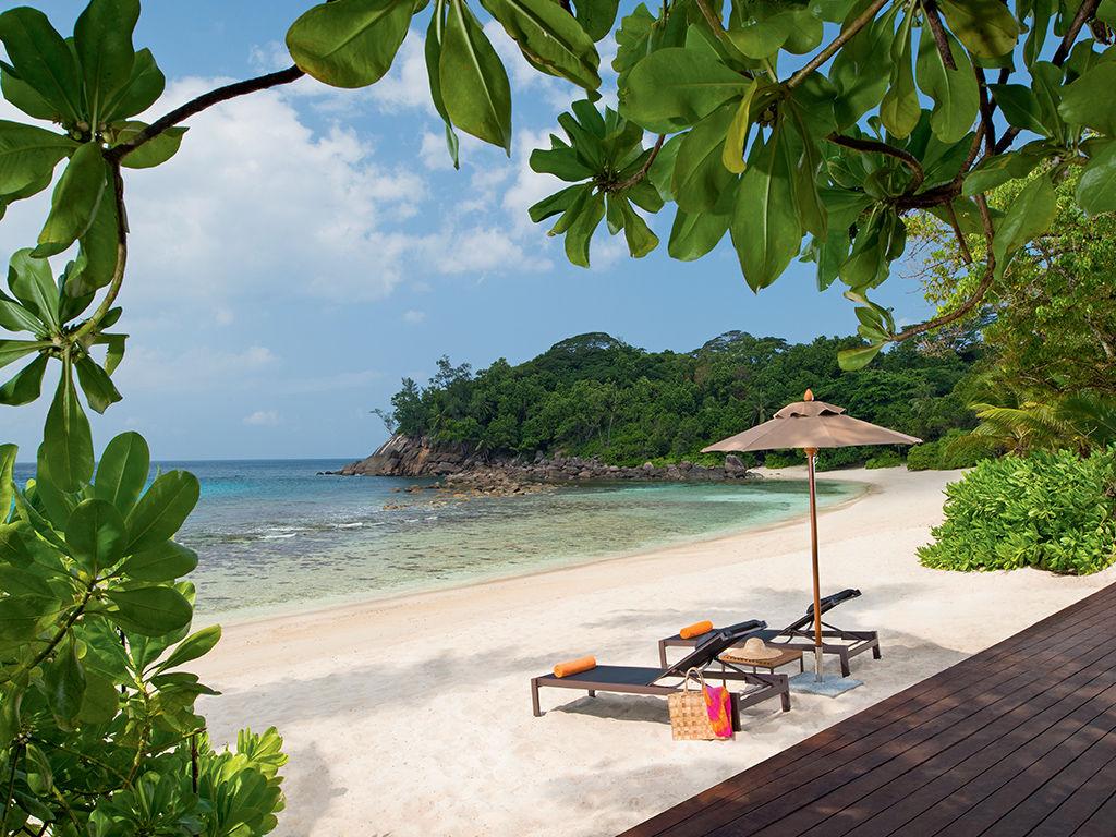 Avani Seychelles Barbarons Resort & Spa 4*