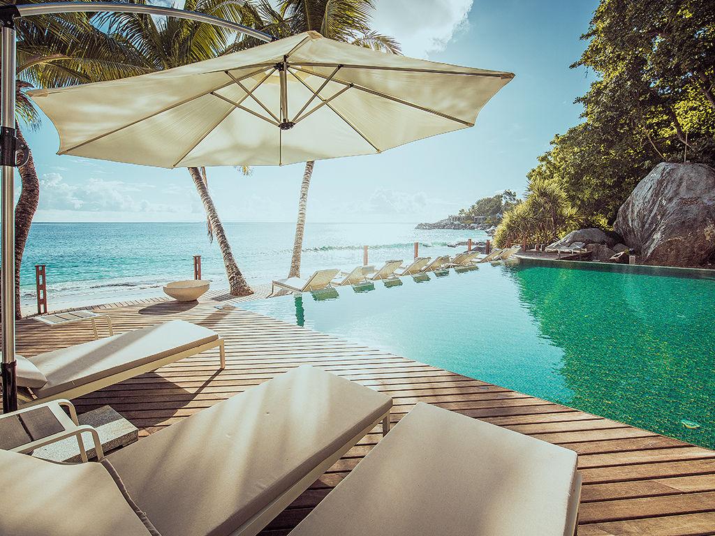 Carana Beach 4*